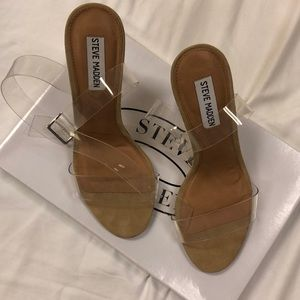 NWT with box Clearer heel